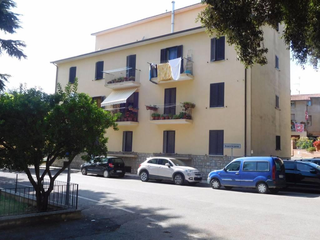 Appartamento in Vendita a Citta' Della Pieve Periferia: 5 locali, 120 mq