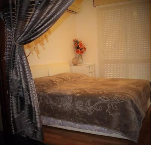 Appartamento in buone condizioni arredato in vendita Rif. 4326587