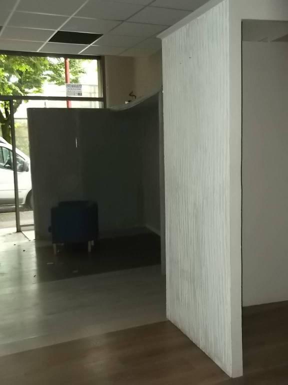 Negozio / Locale in affitto a Brescia, 1 locali, prezzo € 400 | CambioCasa.it