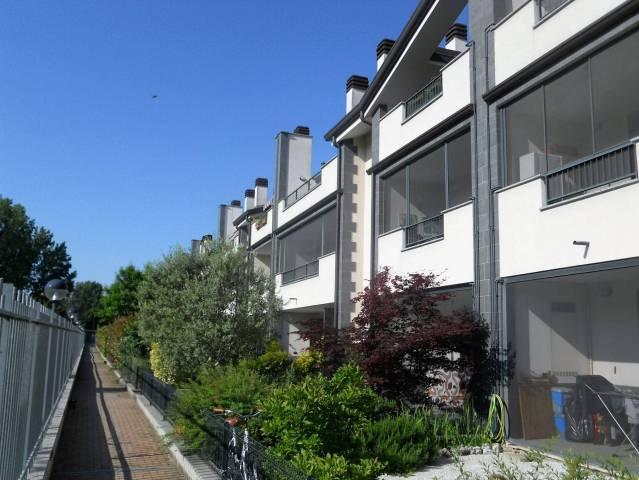 Bilocale Rozzano Via Aspromonte 1