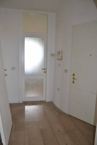 Appartamento in buone condizioni in vendita Rif. 4957293