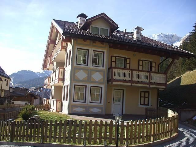 Appartamento in ottime condizioni arredato in vendita Rif. 5240232