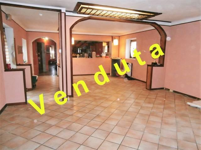 Rustico / Casale in buone condizioni in vendita Rif. 4950214