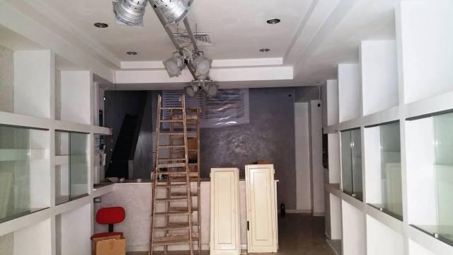Negozio / Locale in affitto a Formia, 9999 locali, prezzo € 750 | Cambio Casa.it