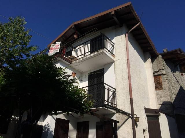 Casa Indipendente in buone condizioni parzialmente arredato in vendita Rif. 4400389