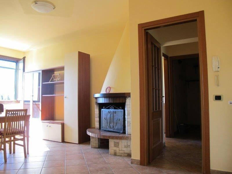 Appartamento in Affitto a Pistoia Periferia Sud: 3 locali, 80 mq