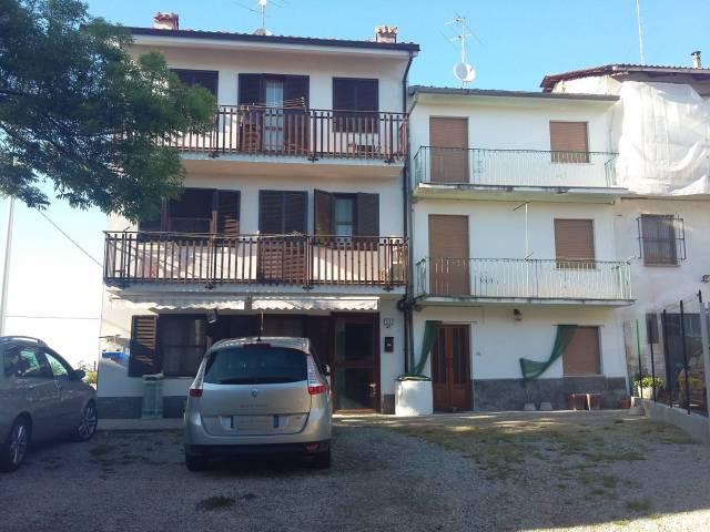 Rustico / Casale in vendita a Canale, 5 locali, prezzo € 128.000 | CambioCasa.it