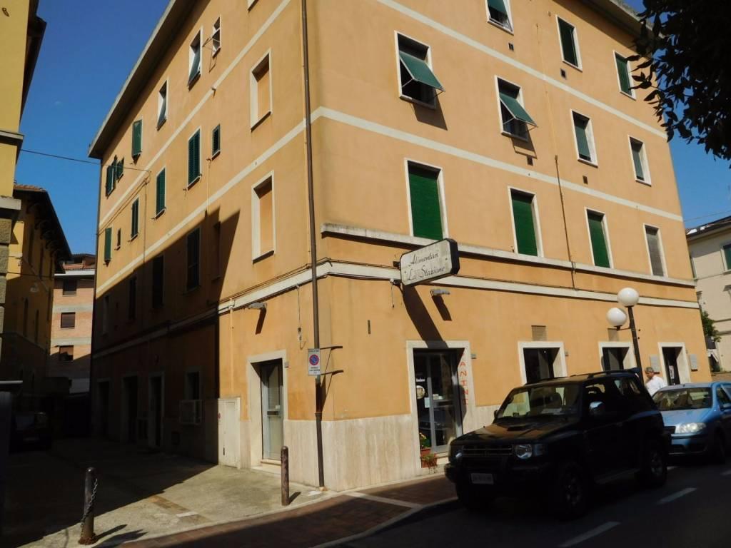 Appartamento in vendita a Chiusi, 3 locali, prezzo € 68.000   CambioCasa.it