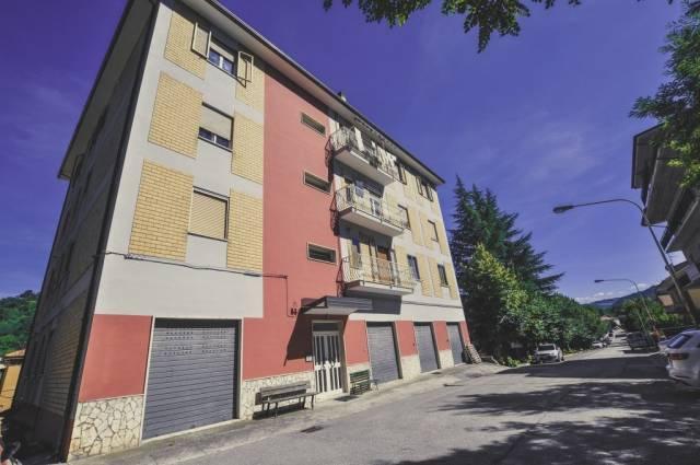 Appartamento in ottime condizioni in vendita Rif. 4244570