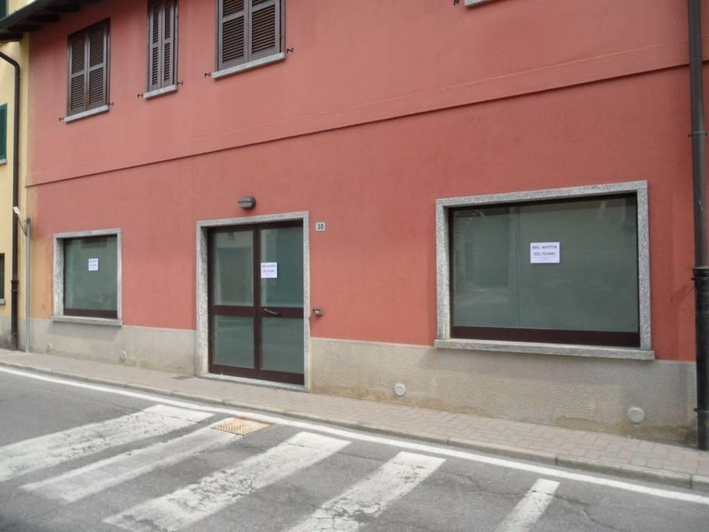 Negozio / Locale in vendita a Lurago d'Erba, 2 locali, prezzo € 85.000 | CambioCasa.it