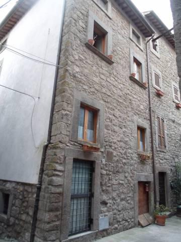 Appartamento in buone condizioni in vendita Rif. 4222910