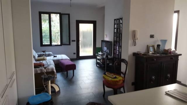 Soluzione Indipendente in vendita a Pavia, 3 locali, prezzo € 290.000 | Cambio Casa.it