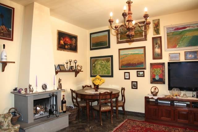 Casa Indipendente in buone condizioni in vendita Rif. 5069079