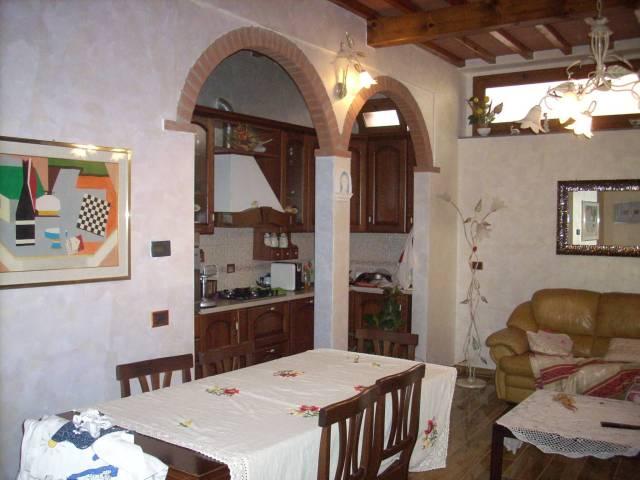 Casa Indipendente in ottime condizioni in vendita Rif. 4461641