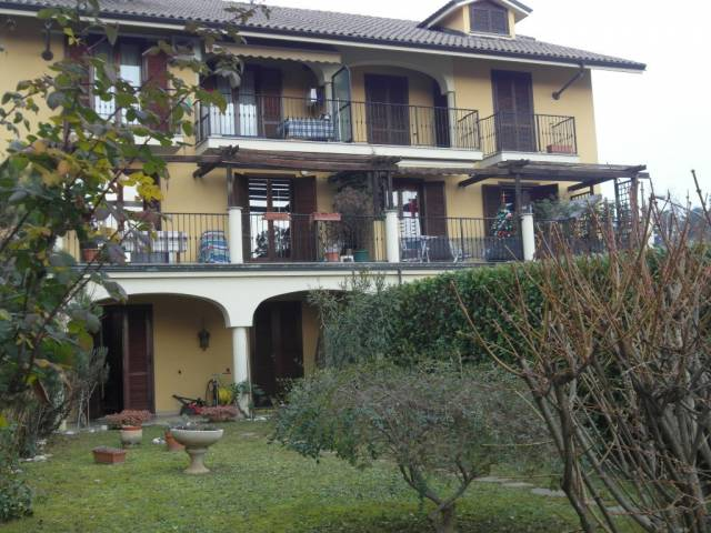 Bilocale Pecetto Torinese Via Circonvallazione 11