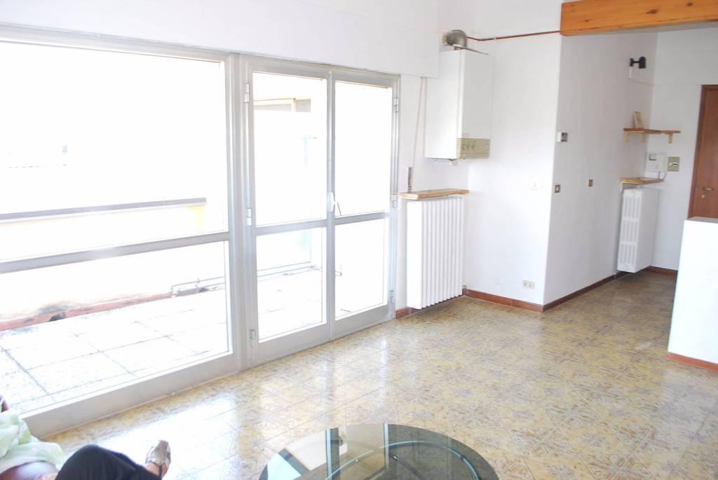 Appartamento in affitto a Piobesi d'Alba, 2 locali, prezzo € 350 | CambioCasa.it