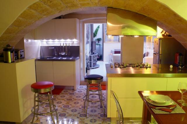 Bilocale Lecce Via Andrea Vignes 7