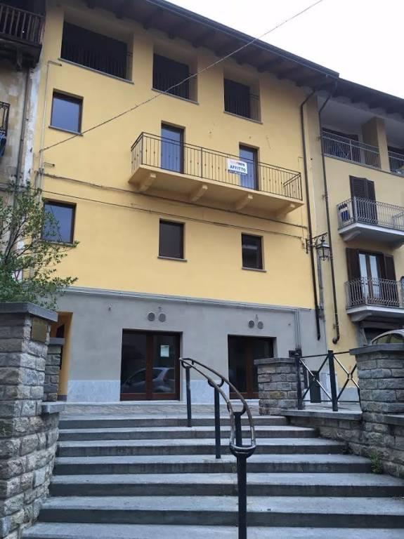 Appartamento parzialmente arredato in vendita Rif. 8398788