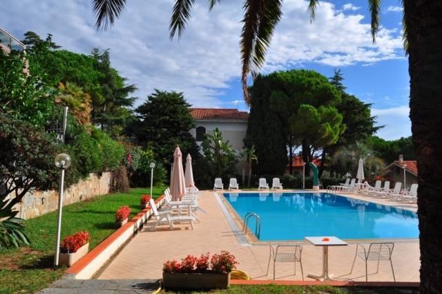 Appartamento in Vendita a San Remo Periferia Nord: 2 locali, 60 mq
