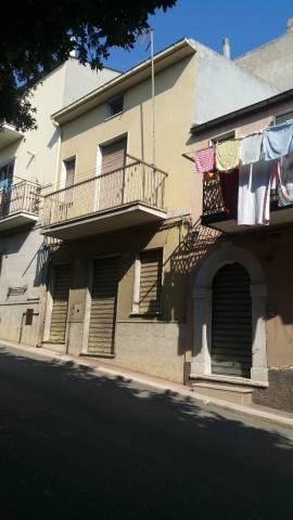 Casa Indipendente in buone condizioni in vendita Rif. 6946936