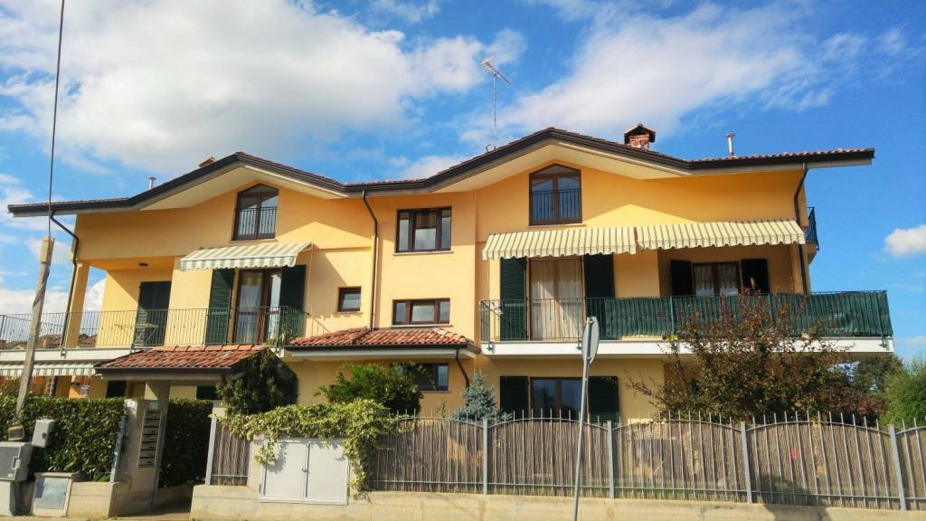 Appartamento in vendita a Cervasca, 3 locali, prezzo € 145.000 | CambioCasa.it