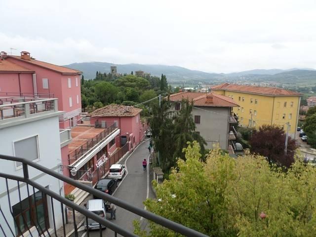 Appartamento in Vendita a Magione: 4 locali, 90 mq