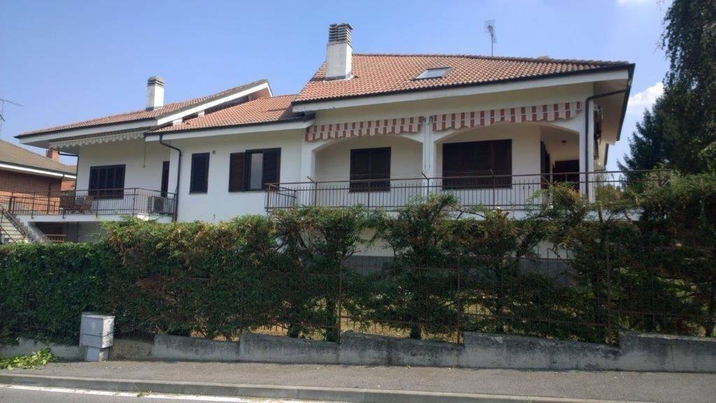 Villa in vendita indirizzo su richiesta Rosta