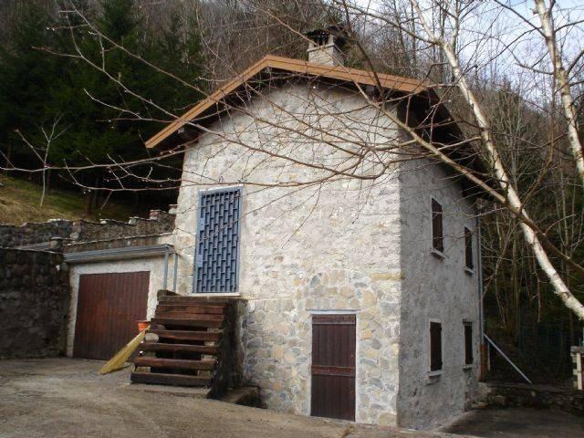 Rustico / Casale in vendita a Vedeseta, 3 locali, prezzo € 64.000 | CambioCasa.it