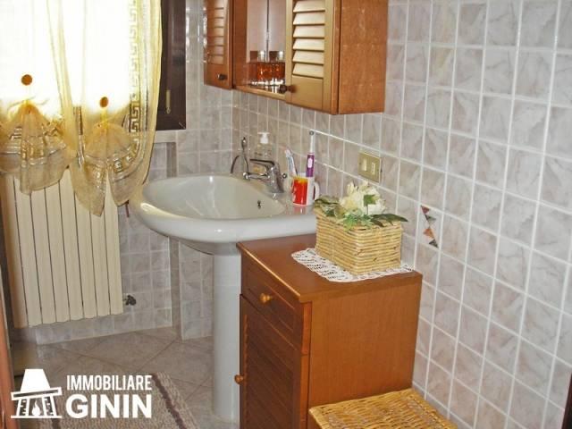 Appartamento in buone condizioni in vendita Rif. 4885886