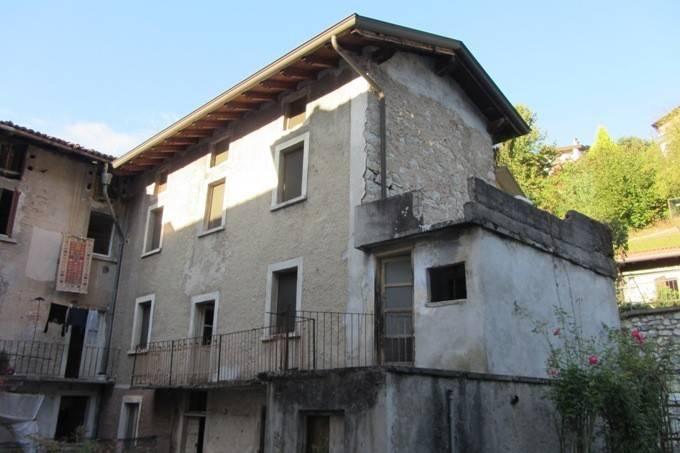 Soluzione Indipendente in vendita a Sedrina, 6 locali, prezzo € 34.000 | PortaleAgenzieImmobiliari.it