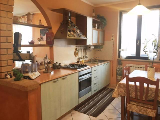 Appartamento in vendita a Ghedi, 3 locali, prezzo € 105.000 | Cambio Casa.it