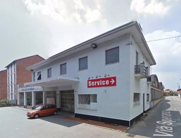 Negozio / Locale in vendita a Carignano, 9999 locali, prezzo € 195.000   CambioCasa.it