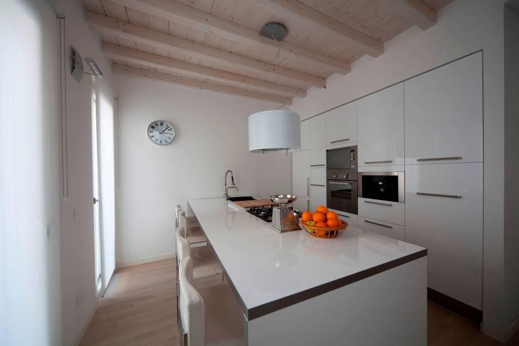 Appartamento Mantova Vendita 200 mq riscaldamento autonomo ...