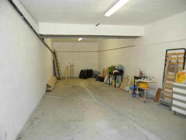 garage-Box-posto auto Vendita Tolfa