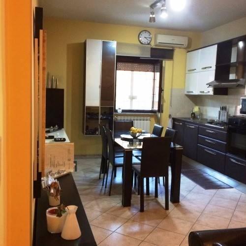 Appartamento in vendita a Roma, 2 locali, zona Zona: 36 . Finocchio, Torre Gaia, Tor Vergata, Borghesiana, prezzo € 79.000 | CambioCasa.it
