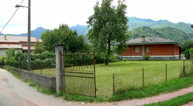 Varallo - Roccapietra terreno edificabile Rif. 4252952