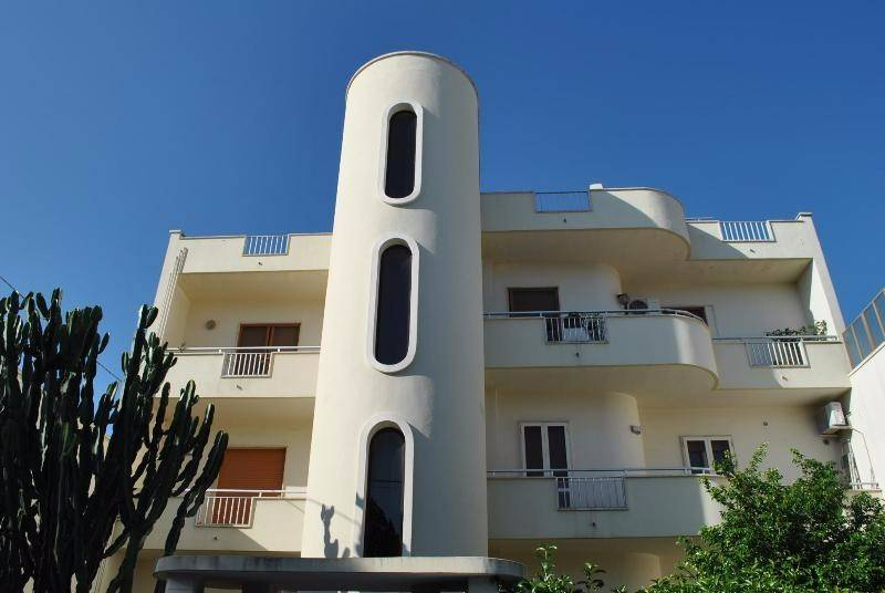 Appartamento in Vendita a Trepuzzi Centro: 5 locali, 200 mq