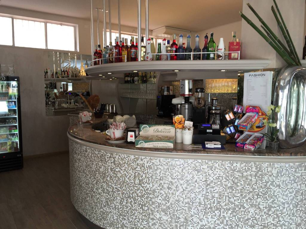 LOCALE COMMERCIALE Rif. 9226597