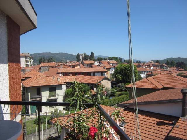 Appartamento in buone condizioni in vendita Rif. 4251247