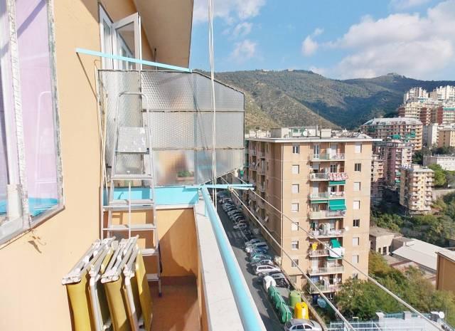 Bilocale Genova Via Bari 8