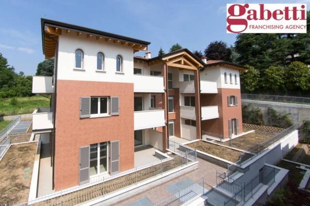 Appartamento trilocale in vendita a Imbersago (LC)