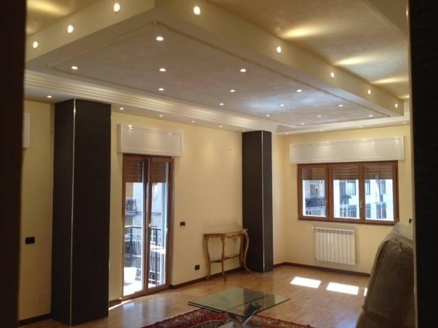 Appartamento in ottime condizioni arredato in affitto Rif. 7925272