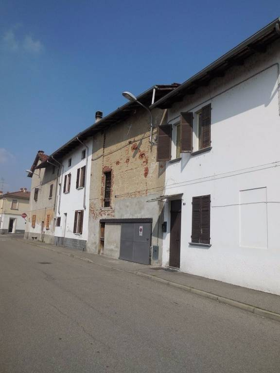 Box / Garage in vendita a Biandrate, 9999 locali, prezzo € 15.000 | PortaleAgenzieImmobiliari.it