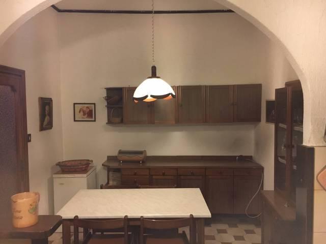 Appartamento in vendita a Sant'Angelo Romano, 2 locali, prezzo € 60.000   Cambio Casa.it