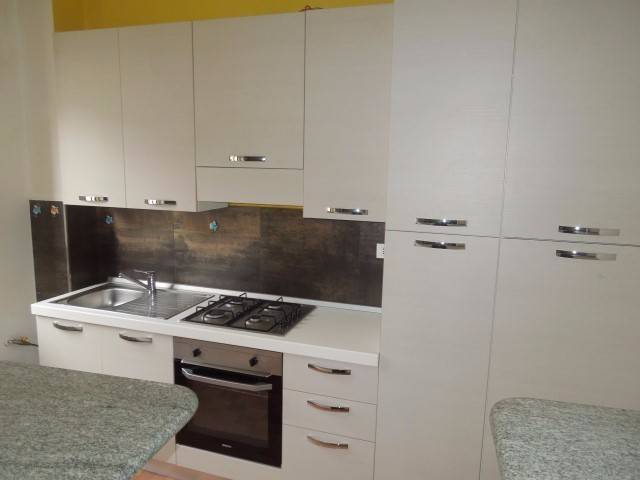 Appartamento in buone condizioni parzialmente arredato in vendita Rif. 4188426