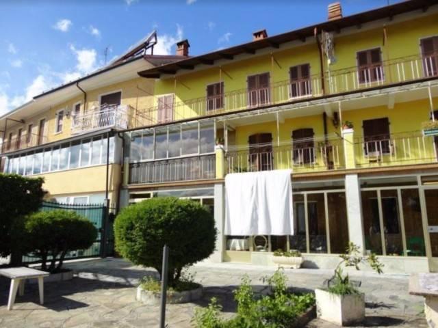 Palazzo / Stabile in Vendita a Giaveno