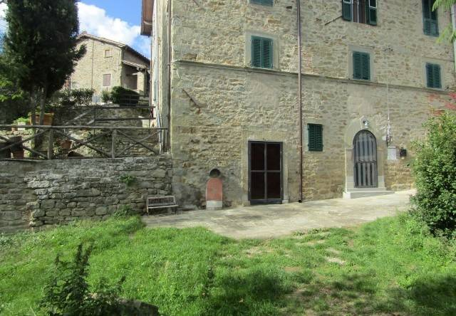 Rustico-casale Altro in Vendita a Castel San Niccolo'