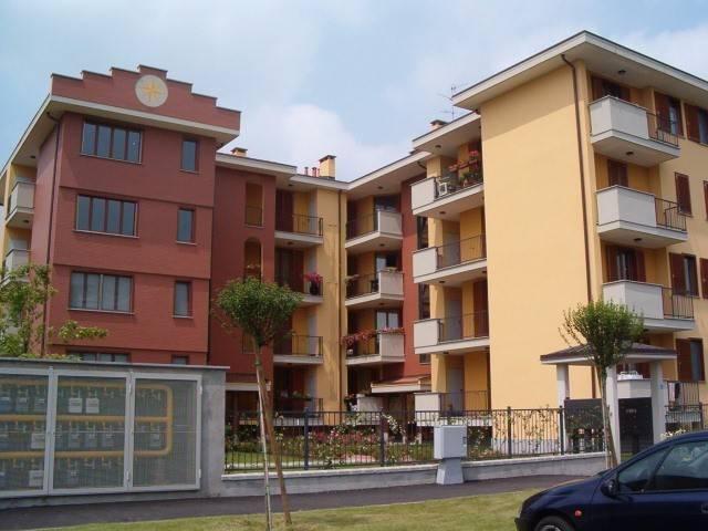 Appartamento in vendita a Trecate, 4 locali, prezzo € 180.000 | CambioCasa.it