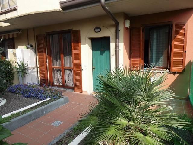 Appartamento in ottime condizioni in vendita Rif. 4473660