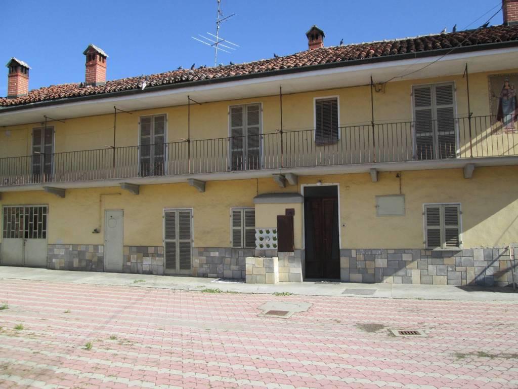 Foto 1 di Rustico / Casale via Cuneo 26, Moretta